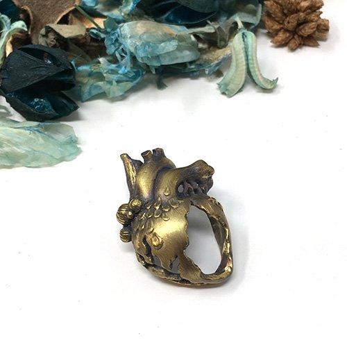 人魚の心臓 ブローチ(真鍮)