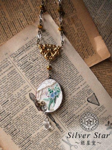 薔薇の手鏡ネックレス
