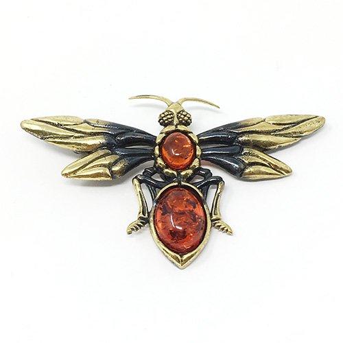 琥珀の蛾ブローチ