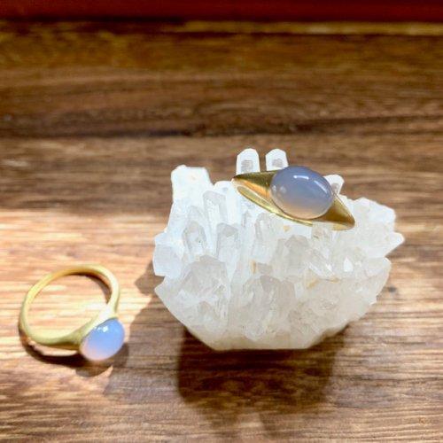 ブルーカルセドニーの指輪/雨花