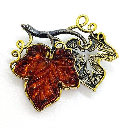 琥珀の葡萄の葉ブローチ