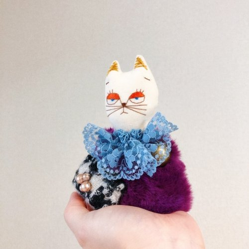 布猫人形 ブローチ&チャーム/ NUUNOHOME(3/1まで販売)
