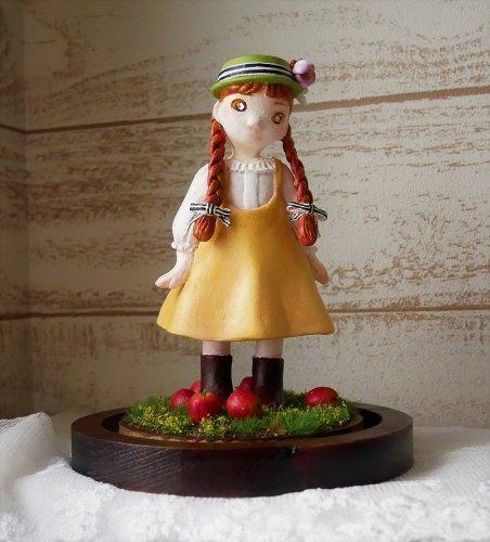 林檎並木の少女/ 幻想紡ぎの屋根裏(3/1まで販売)