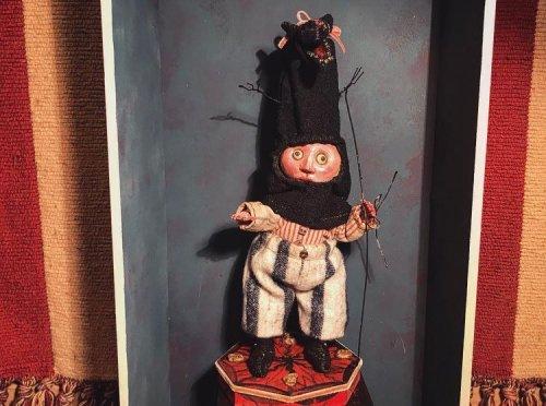 黒猫に扮する少年フープ/chelsea chiyoco(3/6まで期間限定販売)