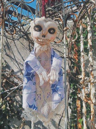 puppet skull lady