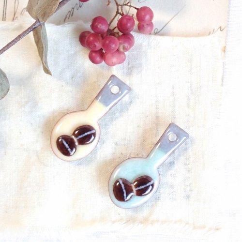 スプーンと珈琲豆のブローチ/sorasido