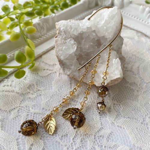Beads no moto/ガラスの木の実のイヤーフック