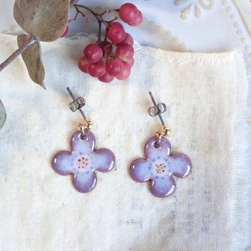 sorasido/4片フラワー・水×紫のピアス