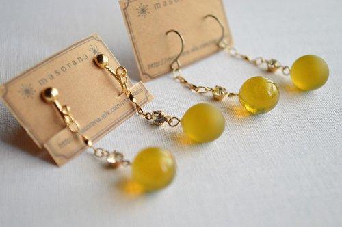 満月の耳飾り-黄色い月-/*masorana*