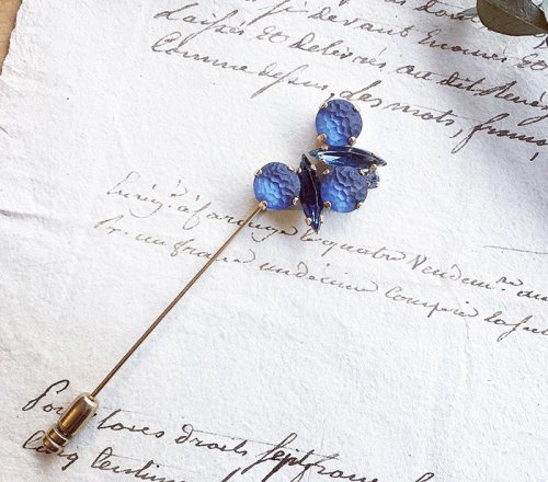 Ambivalence/blue fragment ラペルピン