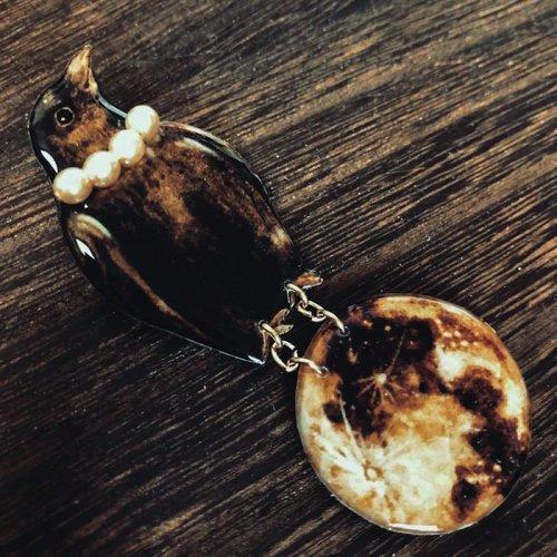 MYSTIC/カラスと満月ブローチ(6/6-28販売)