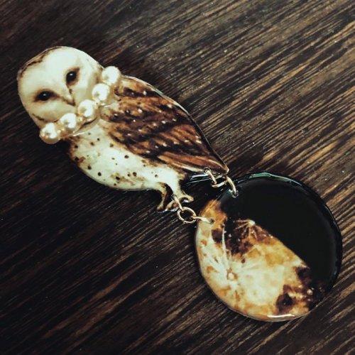 MYSTIC/フクロウと半月ブローチ