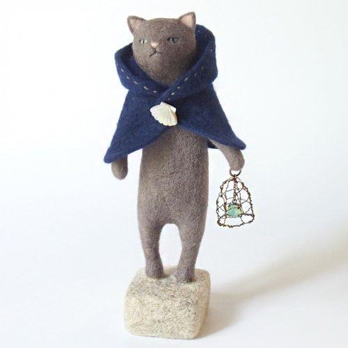 宝石ランプの魔法使い猫ワッフル/ヒロタリョウコ