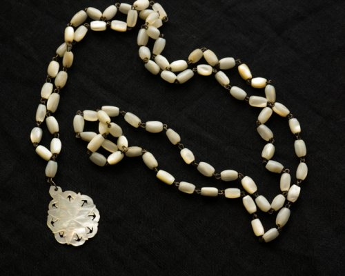 ベツレヘム マザーオブパールのペンダント/ベツレヘムの星