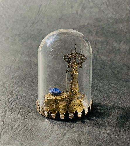 十二星座の鉱石秤(こうせきばかり) Sサイズミニガラスドーム入り完成品/ものづくりの部屋