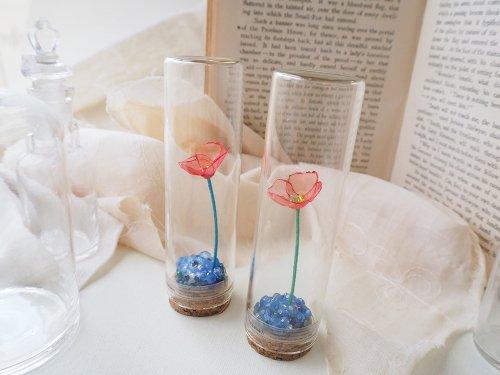 春の瓶詰め「ネモフィラ畑の一輪」/空想刺繍店