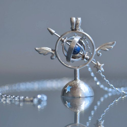 silver jewelry 翼のある天球儀ペンダント/天使匣(8月8日21時-8月22日21時販売)<img class='new_mark_img2' src='https://img.shop-pro.jp/img/new/icons14.gif' style='border:none;display:inline;margin:0px;padding:0px;width:auto;' />