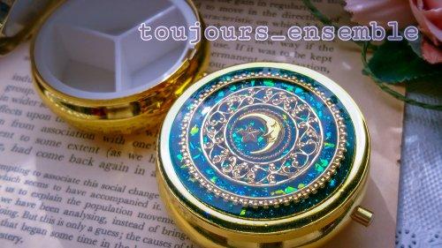 月を食べた日  コンパクトケース/toujours_ensemble(8月8日21時-8月22日21時販売)