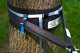 Landcruising(ランドクルージング) TreePlus2.1(ツリープラス) 1個 ※ライン固定ツリースキン2m ※ストラップでズリ落ちを防ぐ