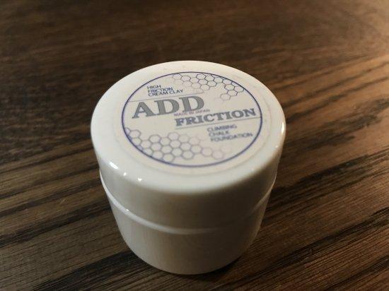 ADD FRICTION(アドフリクション) ※フリクションを生む下地 ※乾き手にも効果抜群 ※研磨剤不使用で肌にも岩にも優しい