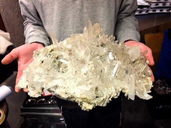SUPER SALE!爆安!激レア【ヒマラヤ・クル渓谷マニカラン産】水晶クラスター《超透明・超美品》5231.5g w410 h140 d325mm前…