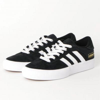 <img class='new_mark_img1' src='//img.shop-pro.jp/img/new/icons1.gif' style='border:none;display:inline;margin:0px;padding:0px;width:auto;' />adidas skateboarding  MATCH BREAK SUPER EG2732   コアブラック/フットウェアホワイト/ゴールドメタリック