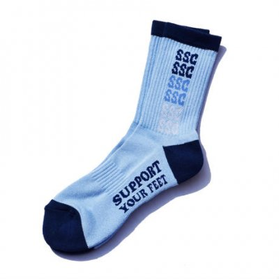 <img class='new_mark_img1' src='//img.shop-pro.jp/img/new/icons1.gif' style='border:none;display:inline;margin:0px;padding:0px;width:auto;' />SURF SKATE CAMP Rainbow socks Lt.Blue