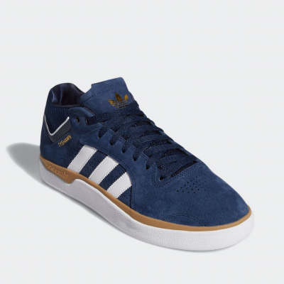 <img class='new_mark_img1' src='//img.shop-pro.jp/img/new/icons6.gif' style='border:none;display:inline;margin:0px;padding:0px;width:auto;' />adidas skateboarding TYSHAWN タイショーン EF8518 カレッジネイビー/フットウェアホワイト/ガム