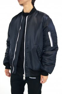 <img class='new_mark_img1' src='//img.shop-pro.jp/img/new/icons5.gif' style='border:none;display:inline;margin:0px;padding:0px;width:auto;' />【SEASONING】BOMBER JACKET