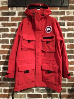 <img class='new_mark_img1' src='//img.shop-pro.jp/img/new/icons5.gif' style='border:none;display:inline;margin:0px;padding:0px;width:auto;' />【COMME des GARCONS JUNYA WATANABE MAN】エステル綿グログラン CANADA GOOSE Wネームコート
