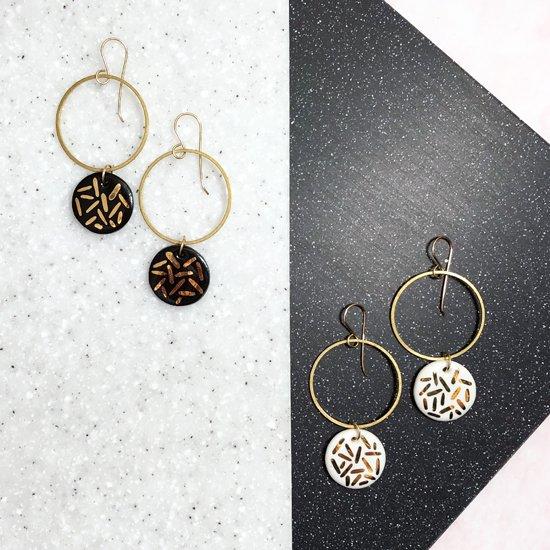 【ピアス/イヤリング】Brass Hoop / Confetti Earrings【Little Lovers Ceramics】