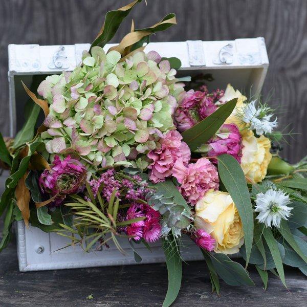 ドライフラワーへ変化を楽しむ 花束 ブーケ&グラス+アロマオイル+白いトランクセット botanique ボタニーク