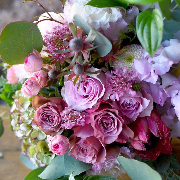 ゴージャスラウンドブーケ・季節のおまかせ花束