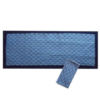 藍染め手ぬぐい(伝統柄)・青海波(地色薄い藍色)