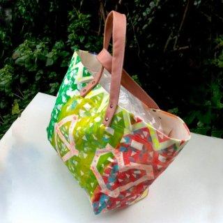 アートペイントたっぷりサイズのトートバッグ(生地・白 持ち手・薄茶)