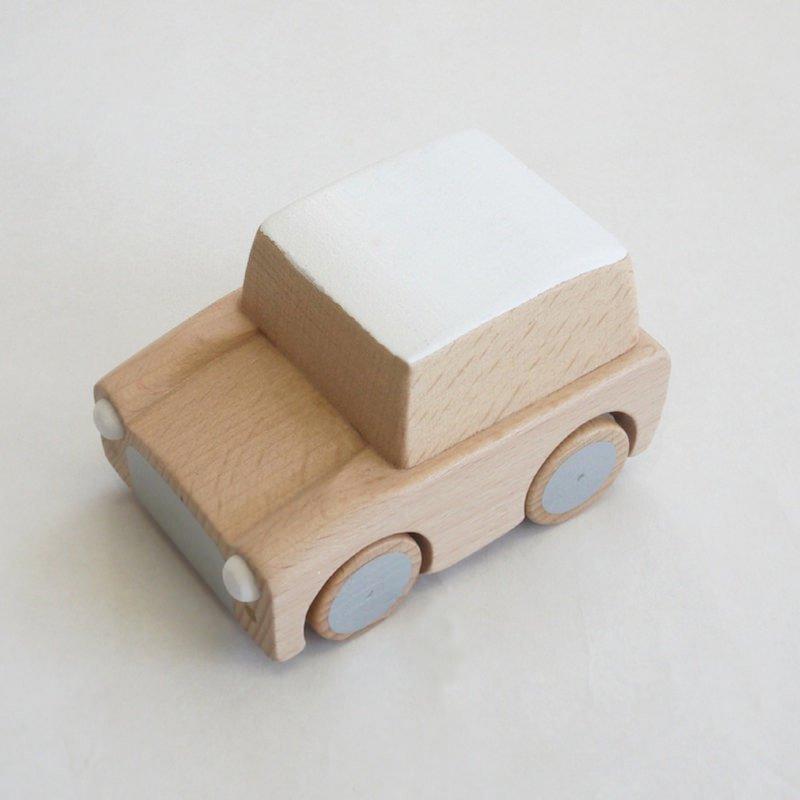 kiko+ kuruma / beech キコ クルマ / ビーチ【 木のおもちゃ・ギフト・車】