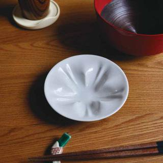 hiracle |ヒラクル さくら小皿【九谷焼・ギフト】