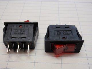 DS325 赤
