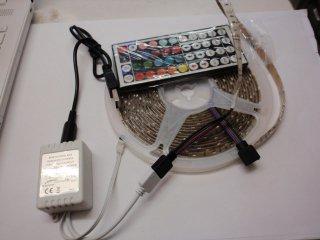 5VDC用LEDテープライトUSBコネクタ付き・コントローラー付き RGB