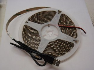 5VDC用 5050 LEDテープ USBコネクター付き 電球色