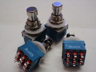FC71077 3PDT スイッチ