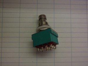 クリフタイプ 4PDT スイッチ