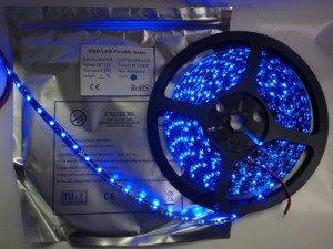 3528 300/5M BLACK/青色 12VDC