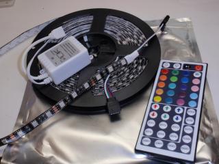IP65 防水 5050 RGB 300/5m 黒ベース コントローラー付 12VDC