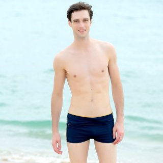 ブラックカラーレジャーのミニ平角デザイン男性人気商品 着心地も伸縮性も良い男性水着パンーツ