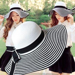 新作品 麦わら帽子 可愛い おしゃれ つば広帽子 リゾート帽子 ボーダー柄 レディース帽子