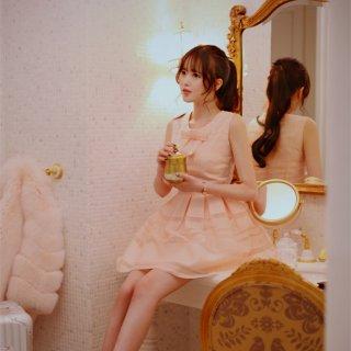 韓国風ダークピンクのノースリーブフリルミニワンピース一枚!スマート蝶結び可愛い