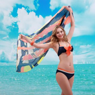 オレンジ色 パレオ付 ホルターネック ファッションレディース ビキニ3点セットフェミニン女性にぴったり