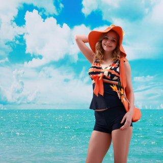 ファッションオシャレ ホールターネック大きいリボン付鮮やかなオレンジカラー 平角パンツ仕様レディース水着