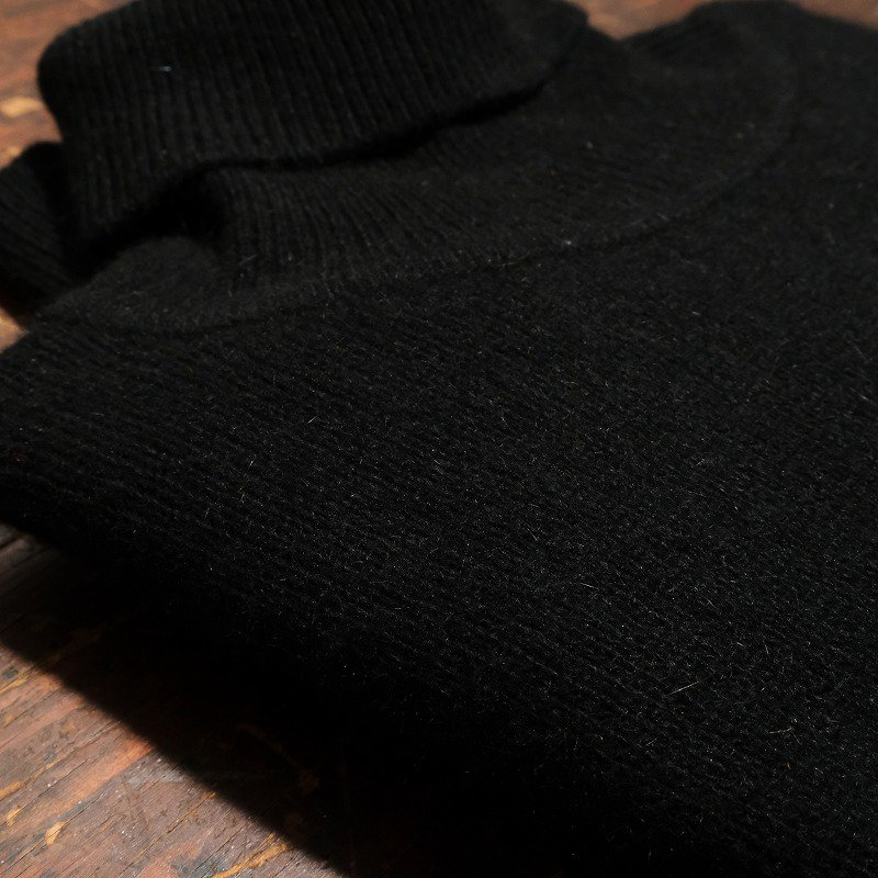 STARFORD Turtleneck Sweater